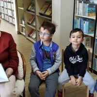 wizyta-w-bibliotece (8).jpg